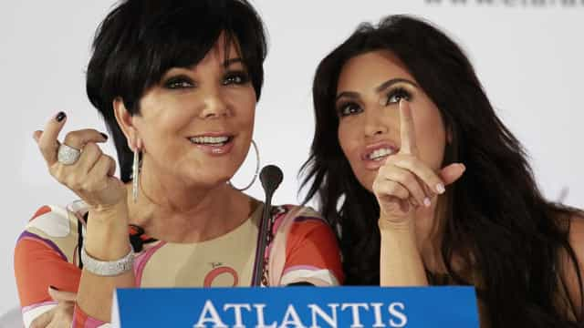 Kris Jenner questionada sobre quarto filho de Kim Kardashian