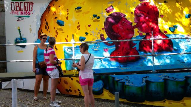 Millo, Marina Capdevila, Add Fuel e Tiago Galo pintam murais em Estarreja