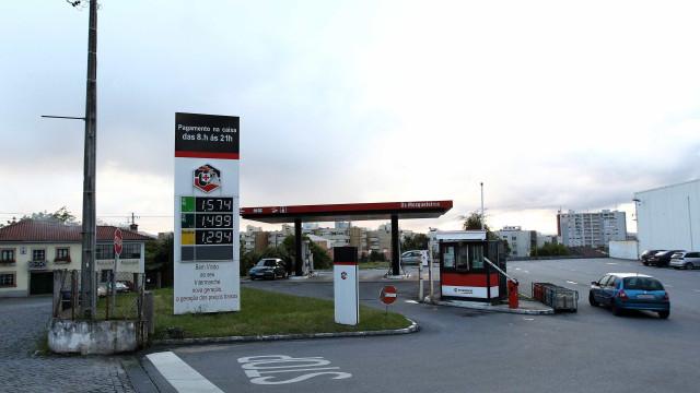 """Gasolineiras do Intermarché abastecidas """"em exclusivo"""" pela Galp e Repsol"""