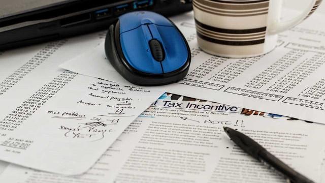 Já há novos modelos para a entrega do IRS. Fique a saber o que muda