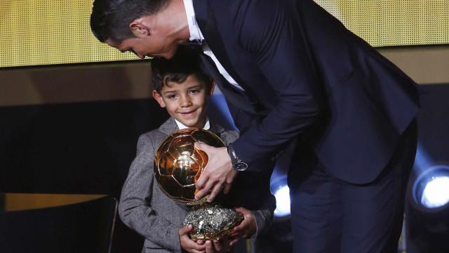 Ronaldo lembra o passado difícil e confessa que ser pai mudou a sua vida