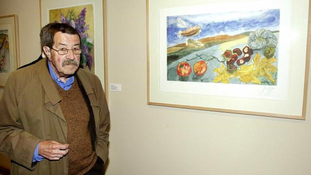 Exposição com obra plástica de Günter Grass chega ao Porto