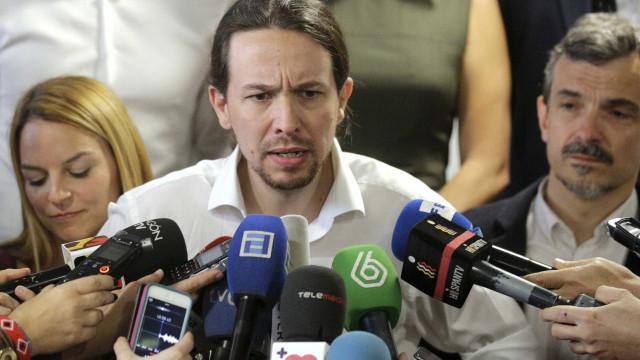 """Catalunha: Líder do Podemos """"repugnado"""" com ação do governo de Madrid"""