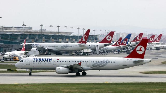 Aeroporto turco fechado? O alerta nas redes sociais que já foi negado
