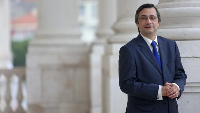 """SIRESP: """"Primeiro-ministro e ministro faltaram à verdade"""""""