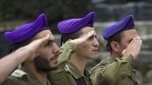 Israel acusa Hamas por ataques e endurece medidas contra Gaza