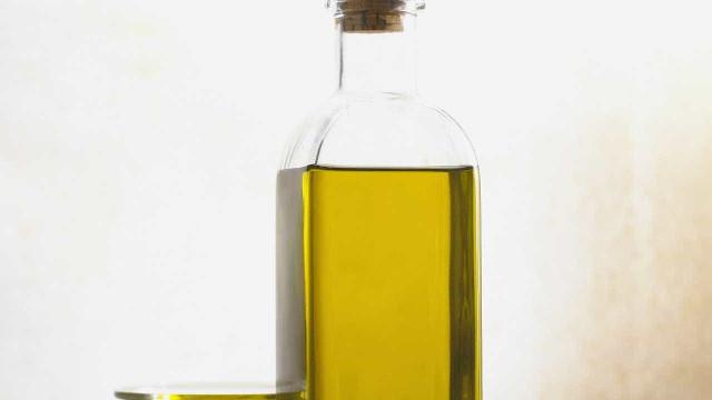 Apreendidos 24 mil litros de azeite 'Especial Tempero'