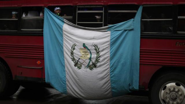 Guatemala pede aos EUA para reavaliarem política migratória