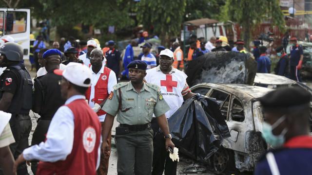 Três mulheres fazem-se explodir na Nigéria provocando 28 mortes