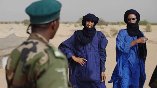 Pelo menos 25 civis tuaregues mortos na fronteira entre o Mali e a Níger