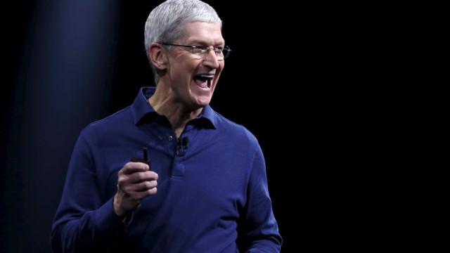 Apple ultrapassou toda a indústria de relógios da Suíça