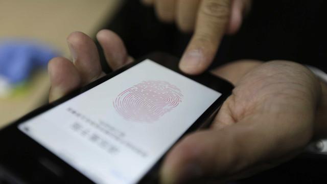 Sensor de impressões digitais de regresso ao iPhone?