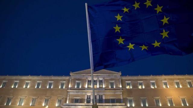 Bruxelas acusa oito bancos de conluio no mercado de dívida da zona euro