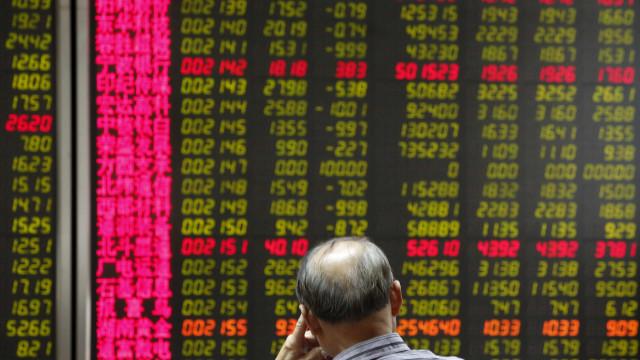 Bolsa de Xangai encerra com queda de 0,37%
