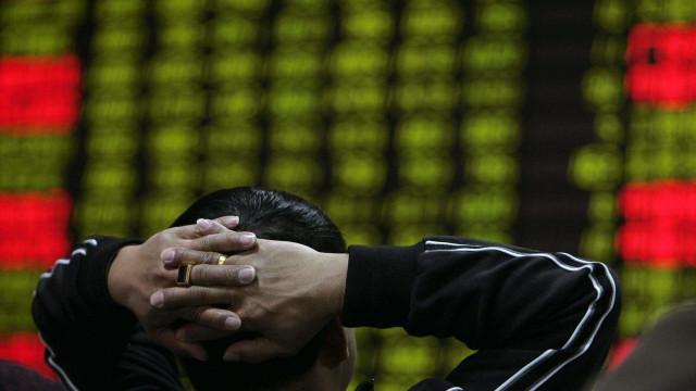 Bolsa de Xangai encerra sessão 'no verde'