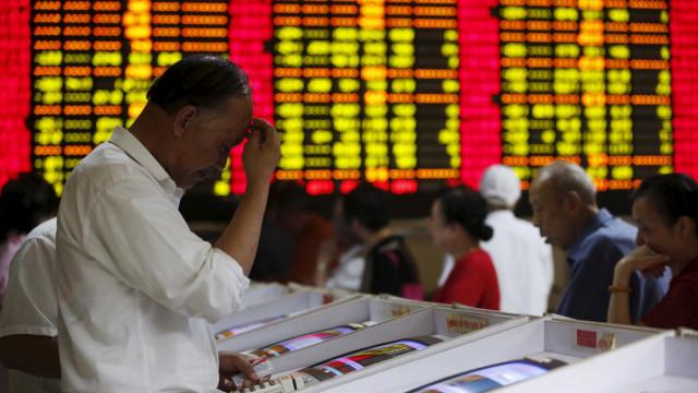 Bolsa de Xangai encerrou a cair 0,11%