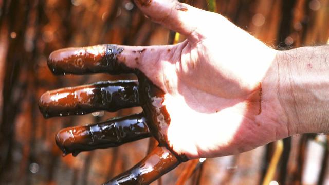 Oferta de petróleo vai aumentar mais do que procura