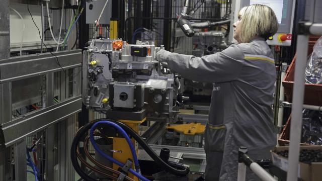 Produção industrial aumentou 1,3% no ano passado para 78,3 mil milhões