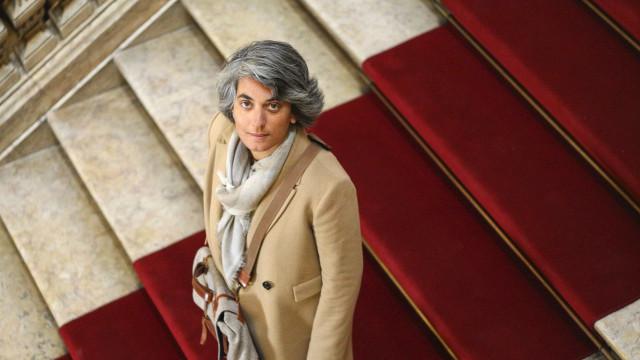 Felicidade é poder ter mais literatura portuguesa à venda no estrangeiro