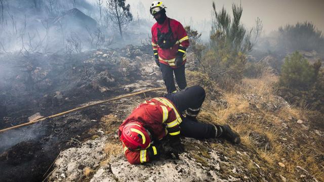 """Incêndios: RTP """"não esteve à altura das suas responsabilidades"""""""