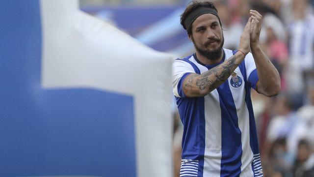 """Ex-FC Porto critica o VAR: """"Devolvam-nos o futebol filhos da…"""""""