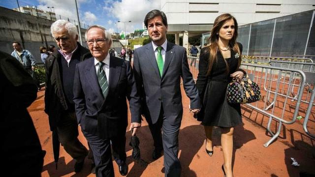 """Ex-mulher de Bruno de Carvalho revoltada com acusações """"injuriosas"""""""