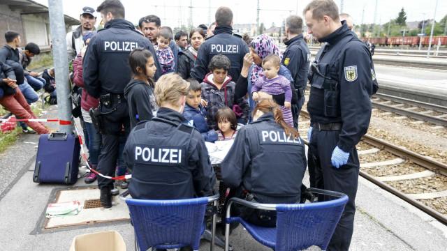 Caiu o número de requerentes de asilo em 2017 na Alemanha