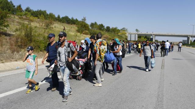 Alemanha prolonga controlo fronteiriço com Áustria por mais seis meses