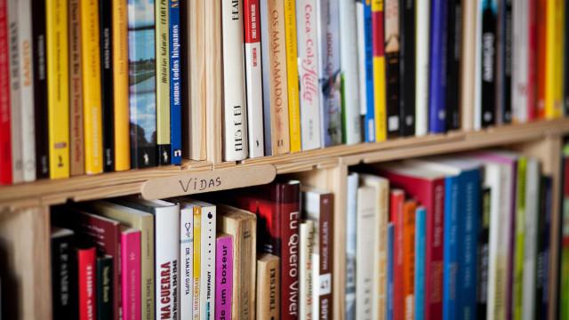 Partilha gratuita de livros através de plataforma online a partir de hoje