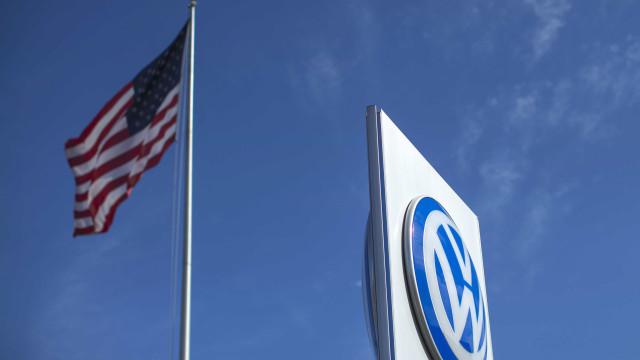 Vendas da Volkswagen caem 25% devido a escândalo das emissões