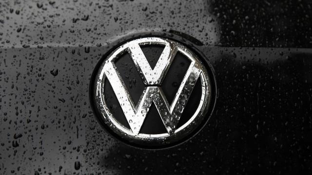 Volkswagen esclarecerá emissões de gases mas pede tempo