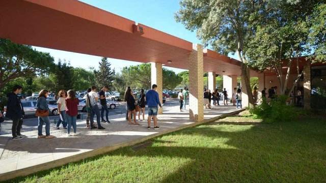 Algarve: Suspeito de ser autor da ameaça de bomba é um antigo docente