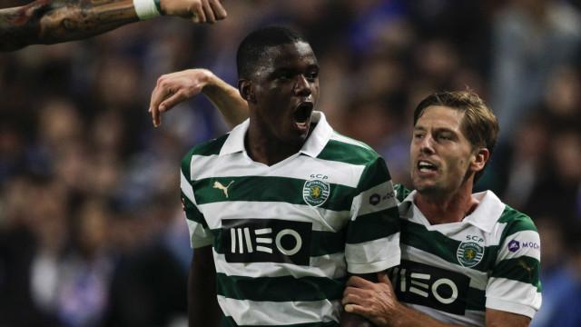 Adrien Silva e William Carvalho querem deixar Alvalade