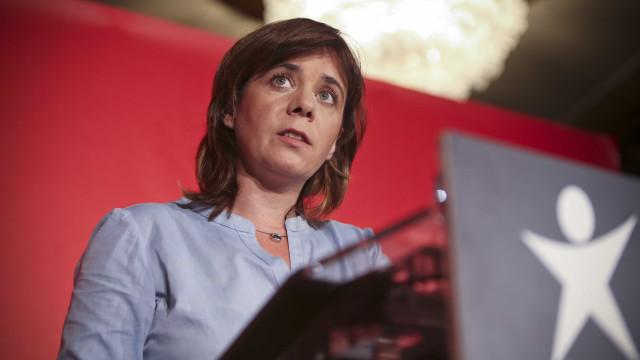 BES: BE recebe lesados do papel comercial que protestaram hoje no Porto