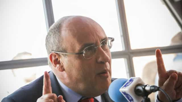 """Governo oficializa candidatura de Vitorino à OIM. Uma """"real mais-valia"""""""