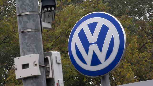 Fitch corta nota da Volkswagen devido a fraude de emissões poluentes