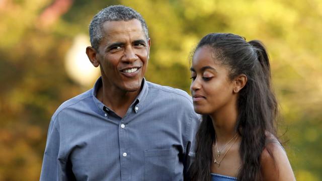 Após dança descontrolada, filha de Obama sai inconsciente de festival