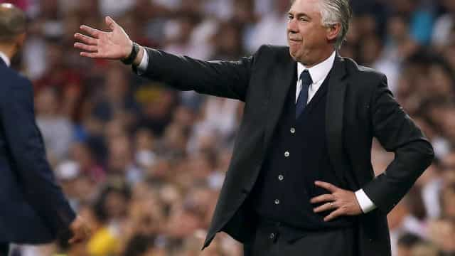 Oficial: Ancelotti já não é treinador do Bayern Munique