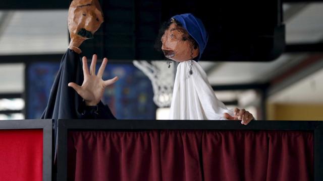 Festival de Marionetas Manobras de 14 de setembro a 31 de outubro