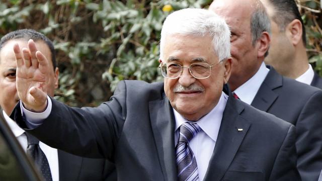 Palestinianos mantêm total congelamento da cooperação com Israel