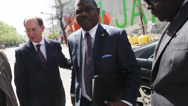 Angola deve a Portugal cinco milhões de euros em atendimento médico