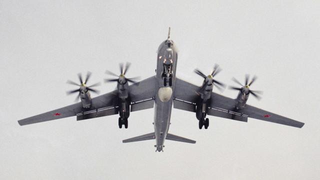 Sobe para 39 o número de mortos em queda de avião militar em base russa