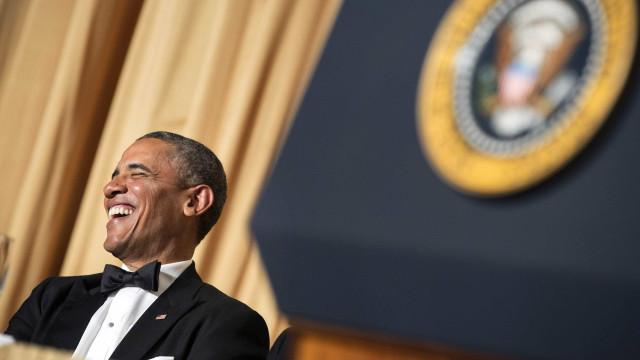 Desculpas para não votar? Obama desmonta argumentos com humor em vídeo