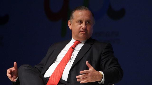 """CTT esperam """"ligeira subida nas receitas"""" em 2018"""