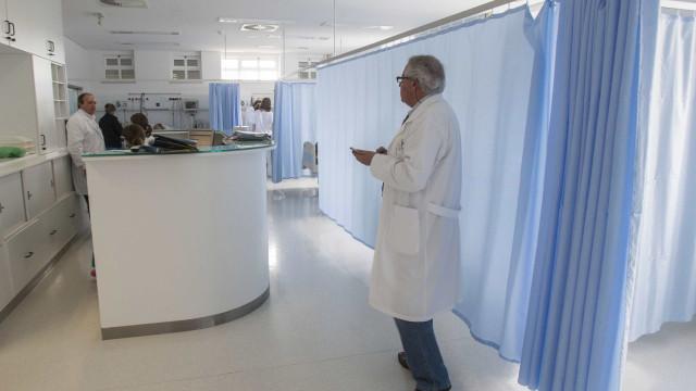 """Hospital de Cascais responde a críticas sobre """"normas chocantes"""""""