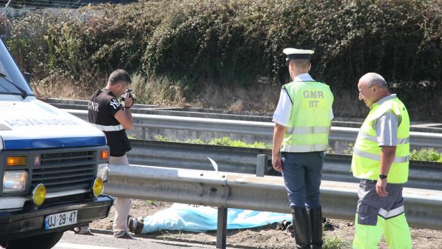 Um morto em colisão entre trator agrícola e automóvel