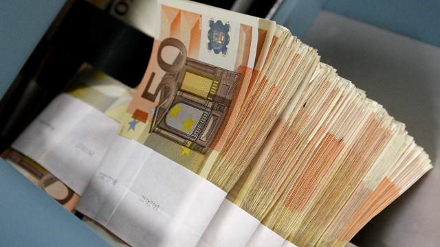 Deco denuncia recomendações desadequadas dos bancos aos investidores
