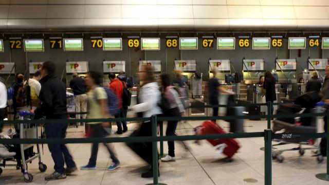 """Greve dos vigilantes nos aeroportos com adesão """"bastante satisfatória"""""""
