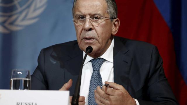 """Rússia não """"vai esfregar as mãos de contentamento"""" com rejeição de acordo"""