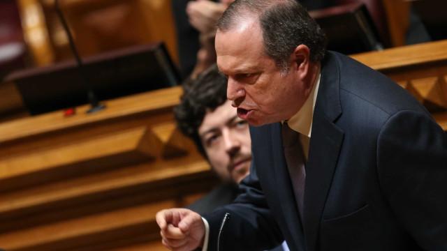 """Relações entre Governo e Presidente devem continuar """"boas"""""""